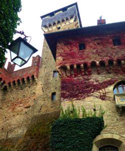 Castello di Tagliolo Monferrato - Eintausend Ritter